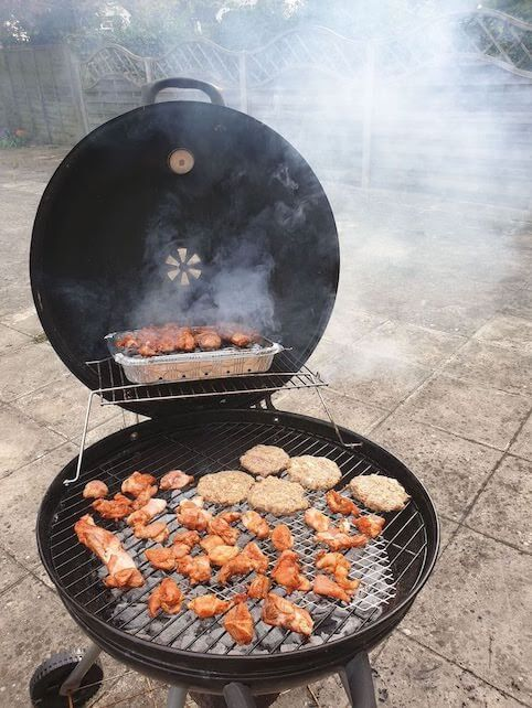 Camping in the garden - BBQ